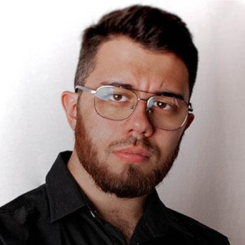 Portrait de Velasco Brandon, dirigeant de l'agence de communication WeComm
